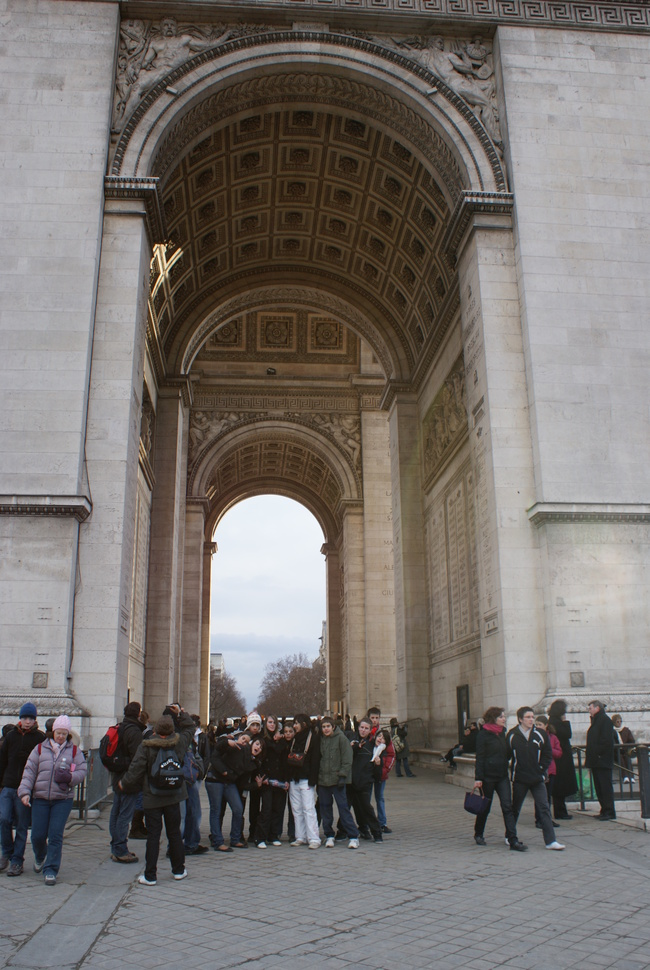 Champs Elysées et Arc de Triomphe