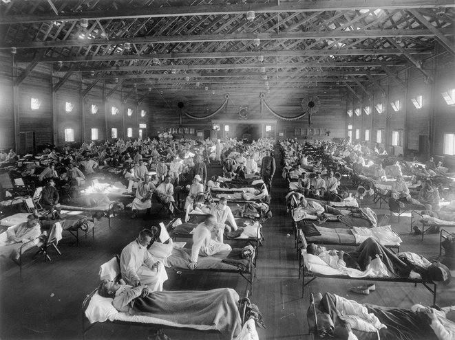 5.  Camp Funston, Kansas: Hôpital d'urgence.