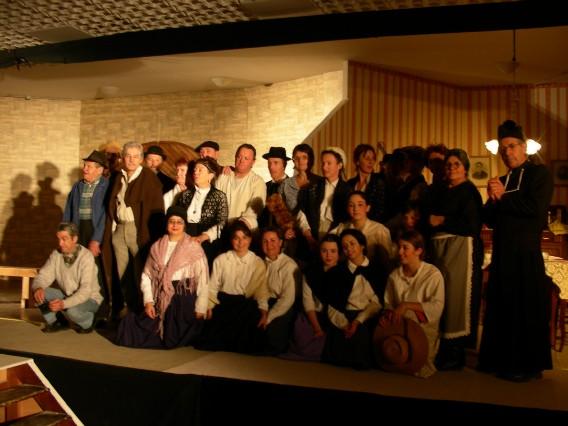 La troupe sur la scène